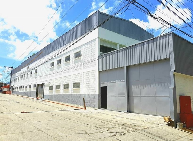 Renta de Ofibodega en condominio, Zona 13