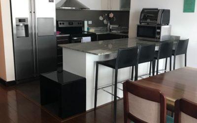 Moderno apartamento de dos habitaciones, Zona 10