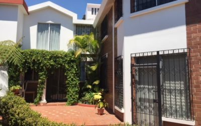 Bonita casa en  Zona 14, sector La Villa.