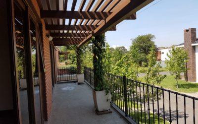 Renta de moderna y amplia casa en Cayala, Zona 16