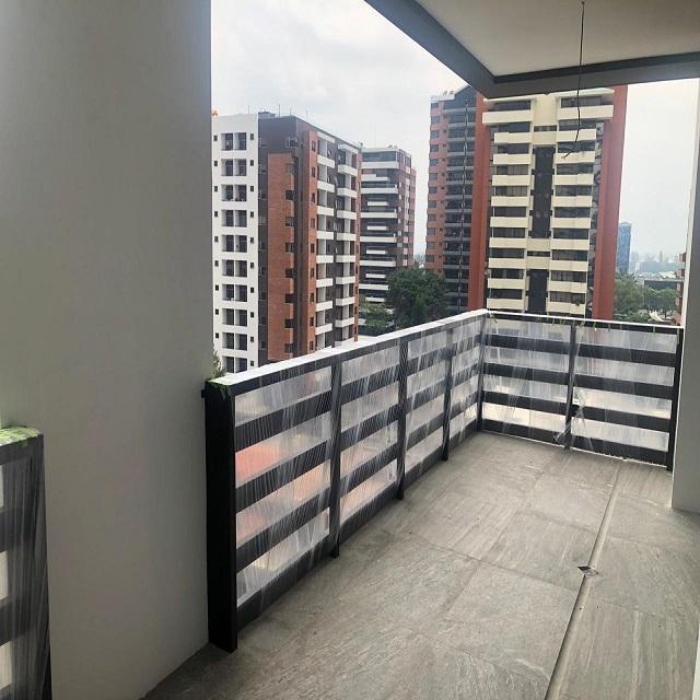 Apartamento, con AC y amplia terraza, Zona 14