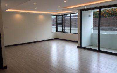 Renta de precioso apartamento en LIV, Zona 15